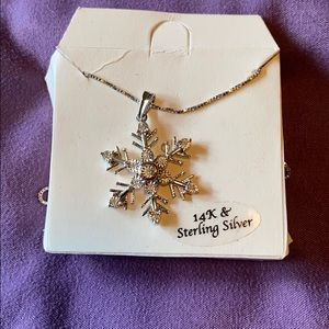 Jewelry - 14k & Silver Snowflake Necklace
